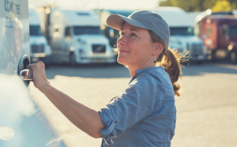 5 Reasons Women Should Explore the Trucking Industry