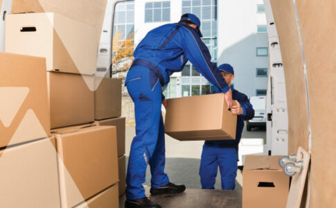 How a Logistics Temp Agency Helps Your Holiday E-Commerce Rush